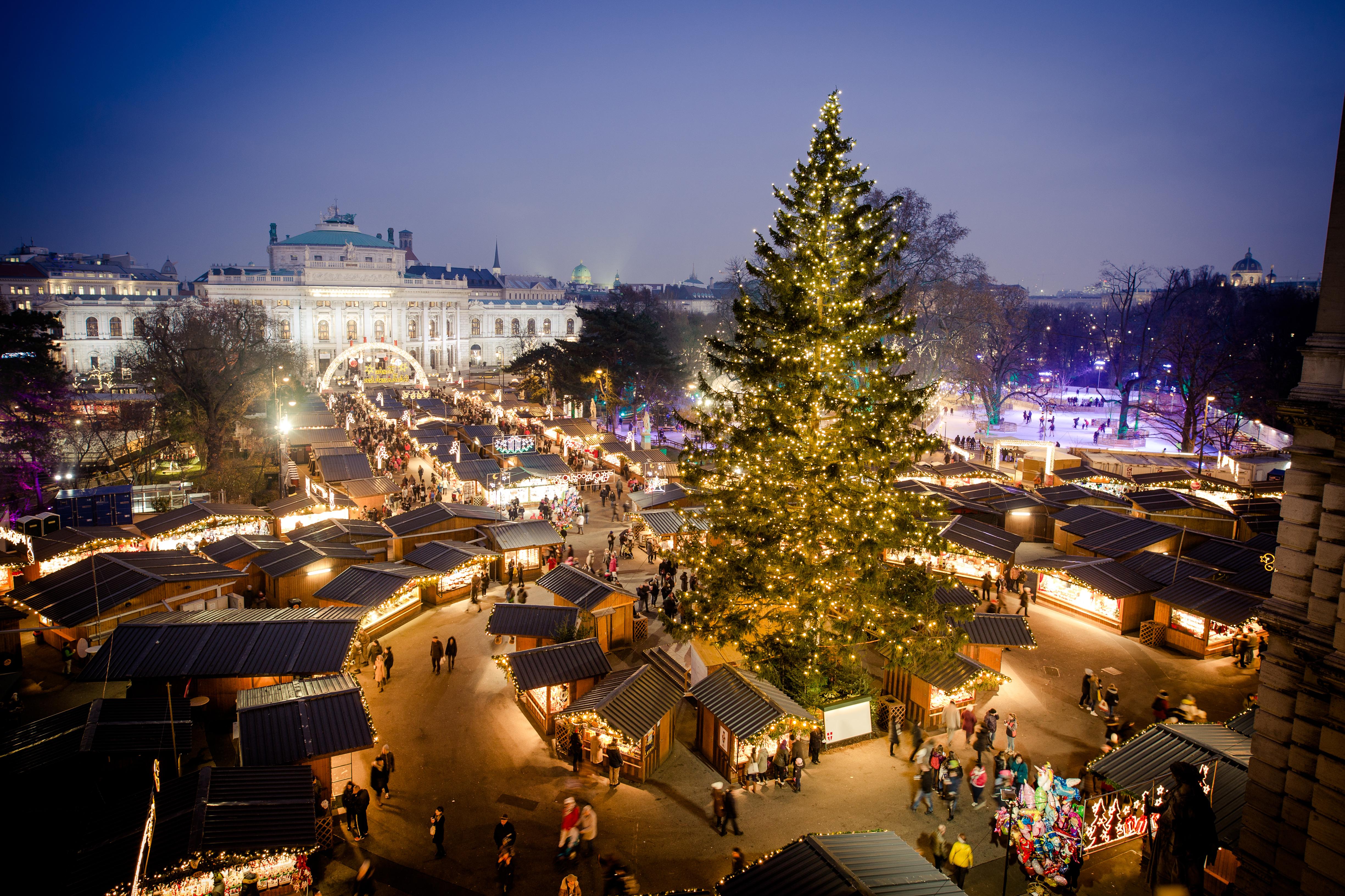prague vienna bratislava christmas markets tour leger holidays - Vienna Christmas Market