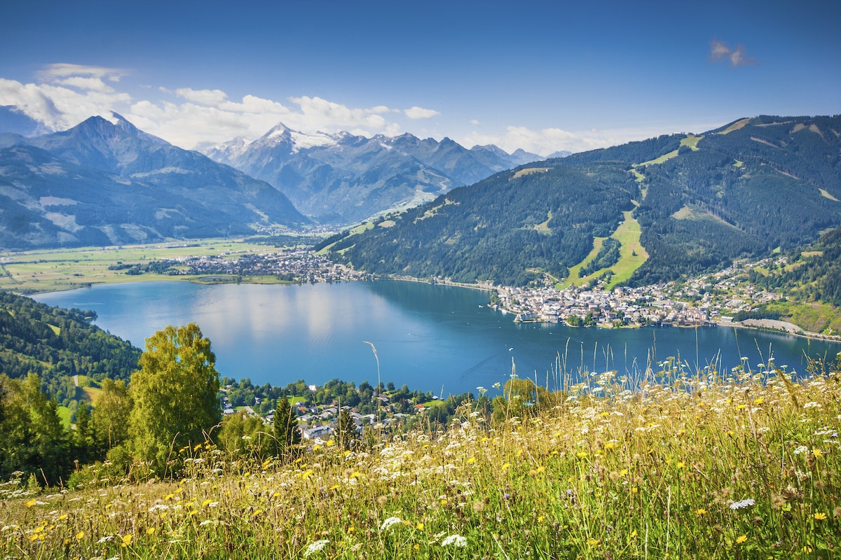 zell am see mature singles The rooms and suites in the grand hotel zell am see are as varied as our rooms & rates cosy times singles, couples, families.