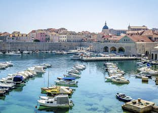 Dubrovnik, Athens & Santorini Cruise with a stay on Lake Garda by Air
