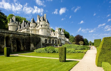 Cruising the Landscapes and the Châteaux of the Loire Valley