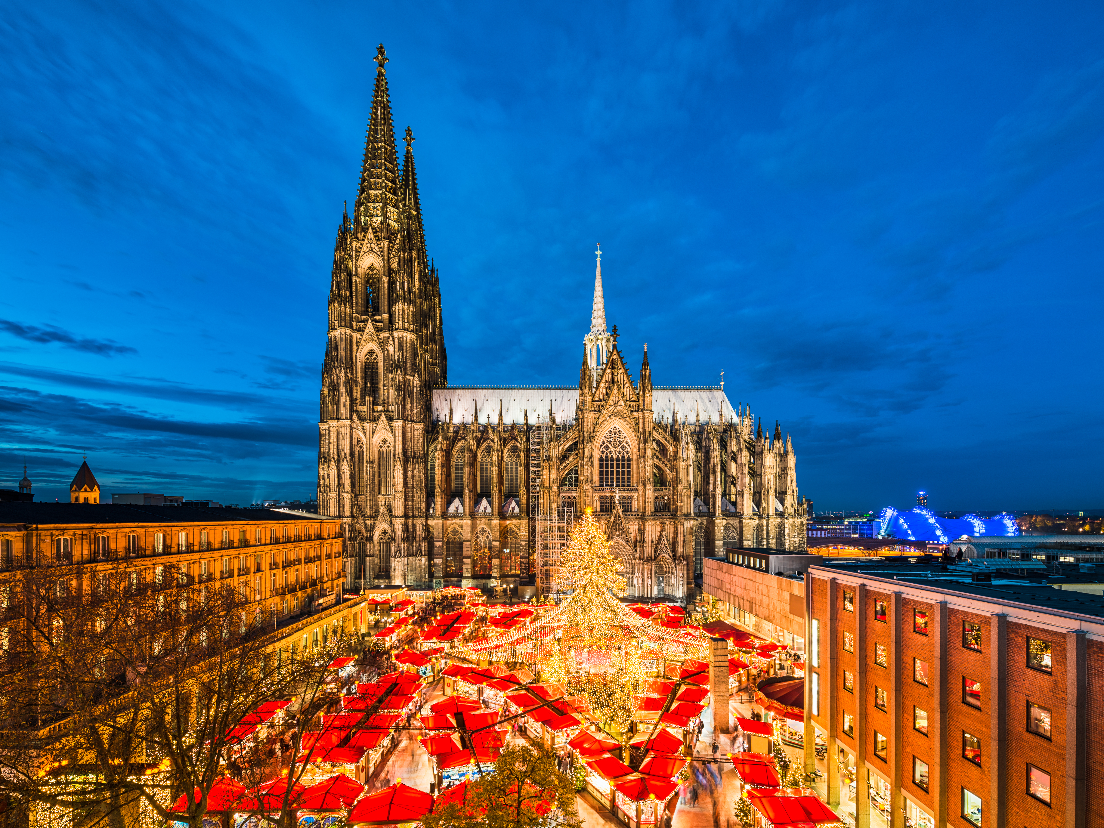 valkenburg aachen cologne christmas markets leger holidays