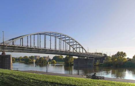 Arnhem and the Rhine Crossings