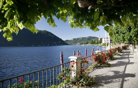 The Beauty of Lake Como & Lake Maggiore by Air - All Inclusive