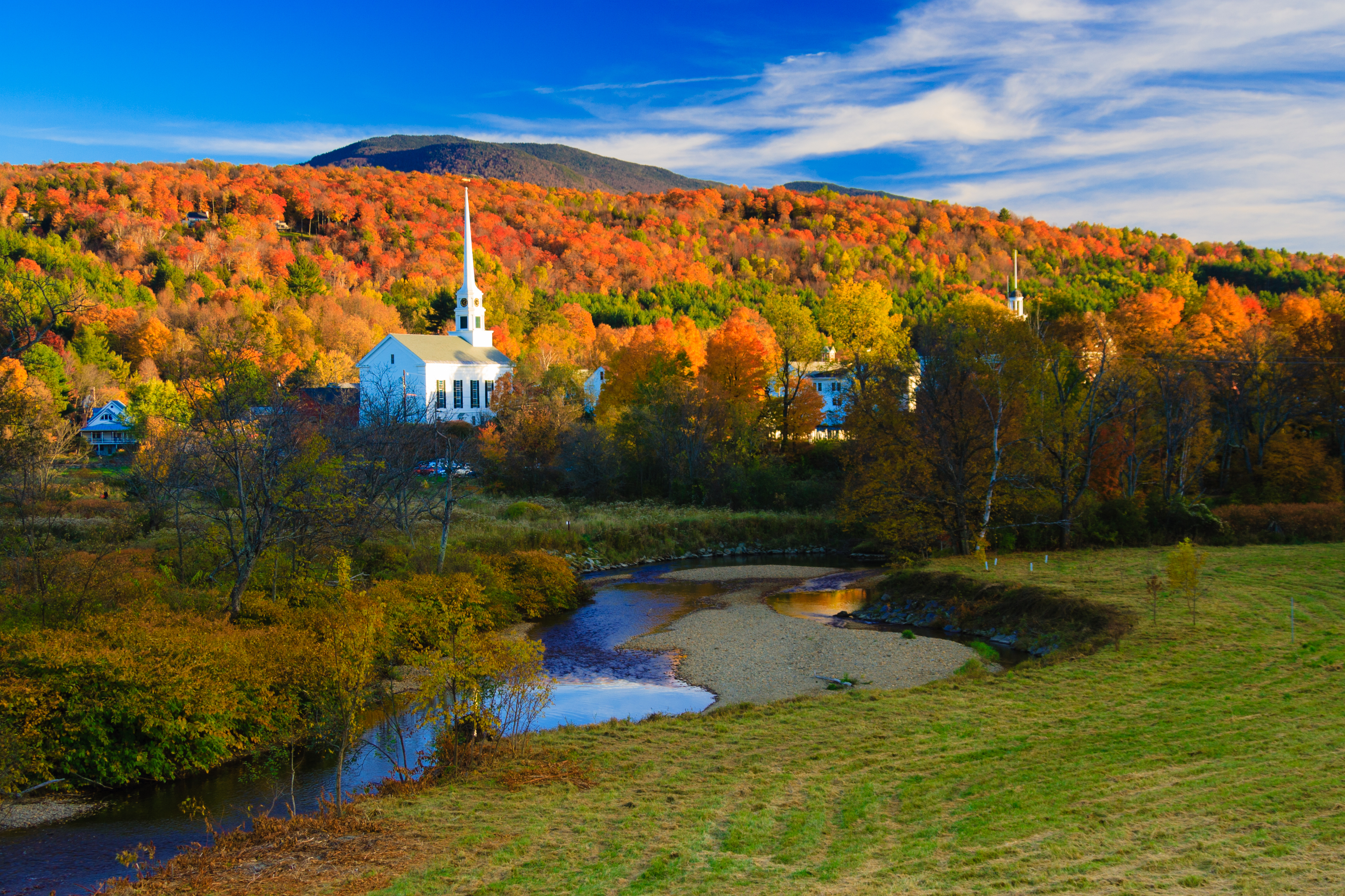Colours of new england tour leger holidays for New england honeymoon packages