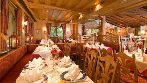 Alexander Kirchberg  - Dining Room