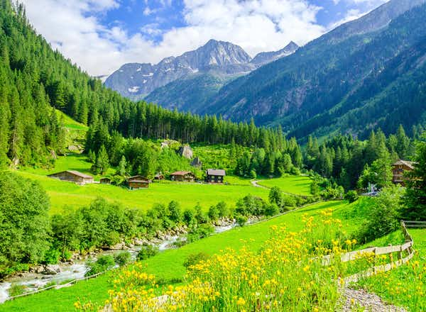 Alpine Delights – Culture & Cuisine