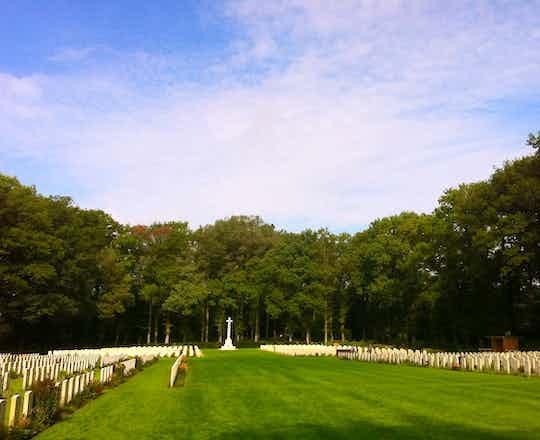 Arnhem Oosterbeek Cemetery