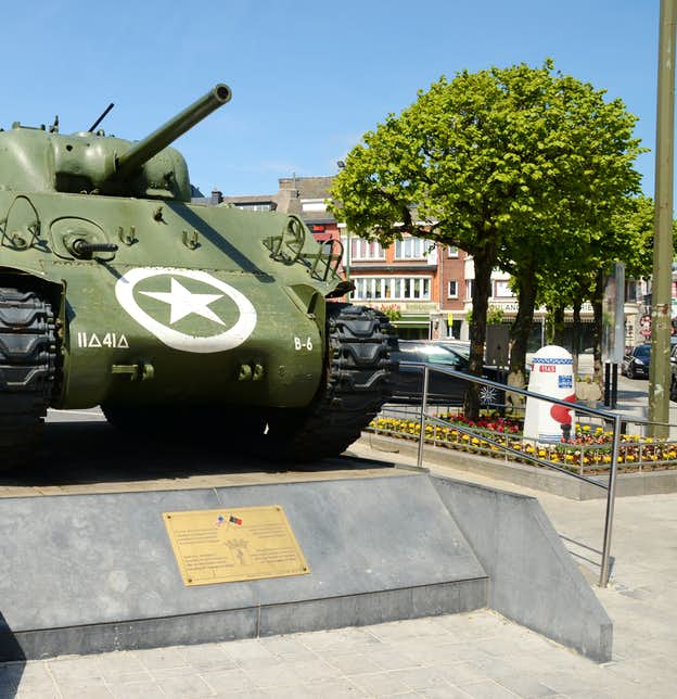 Tanks in Town – Commemorating the Liberation of Mons 1944