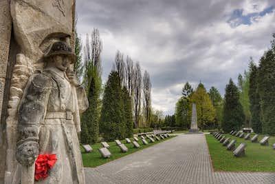 Krakow CWGC Cemetery