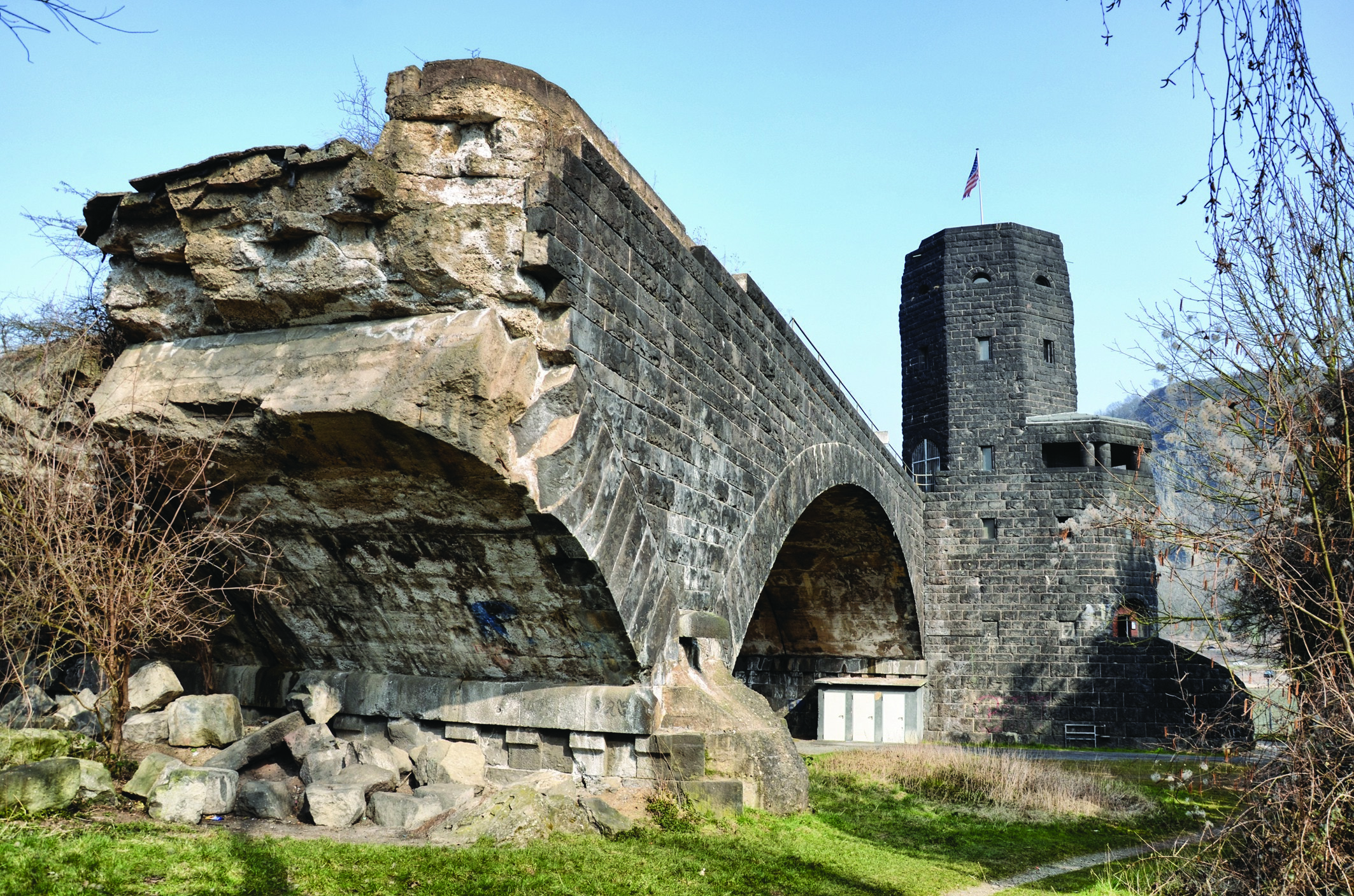 Race To Remagen Aachen To The Rhineland Tour Leger Holidays