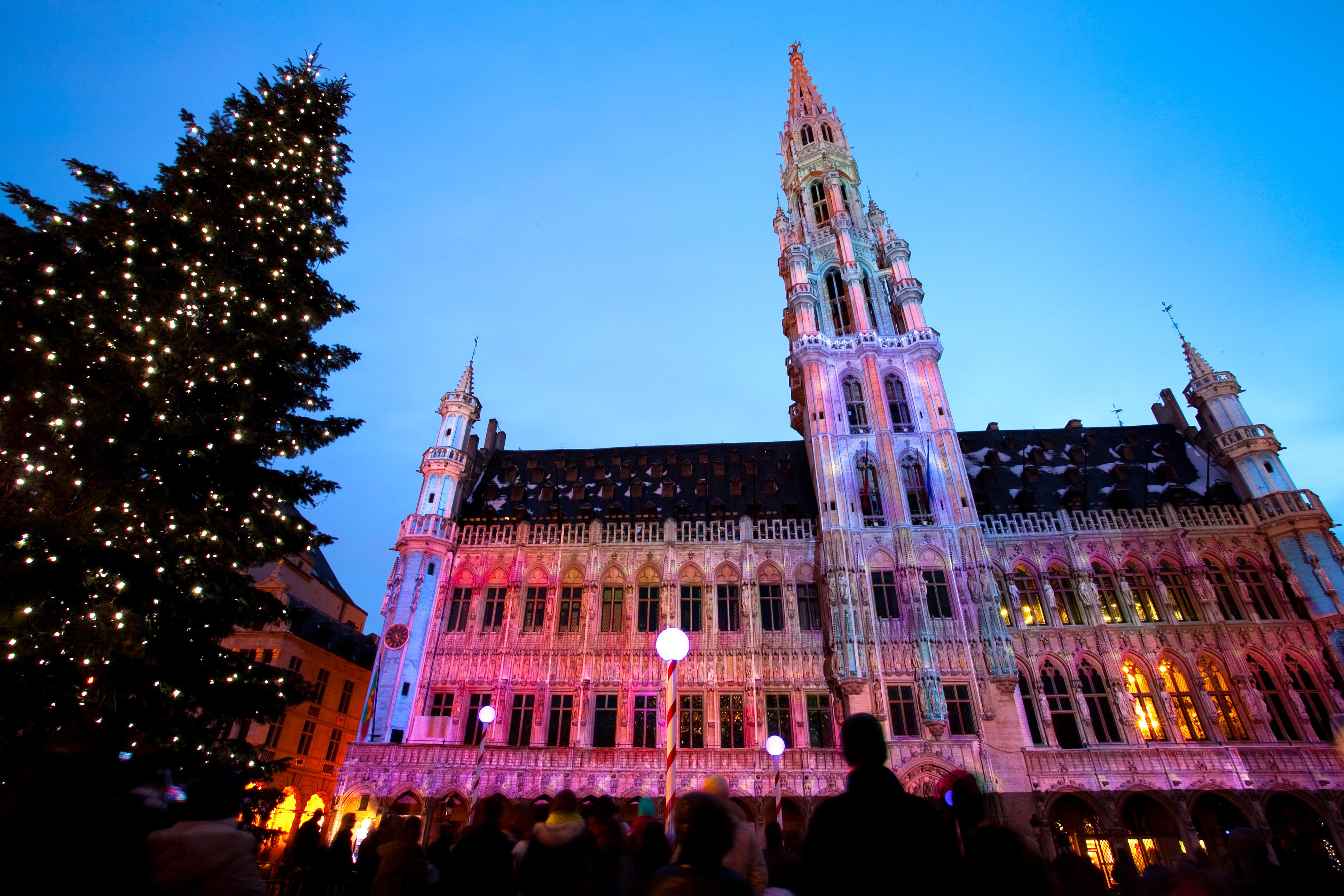 Leger Battlefield Tours >> Brussels Christmas Markets by Eurostar | Leger Holidays