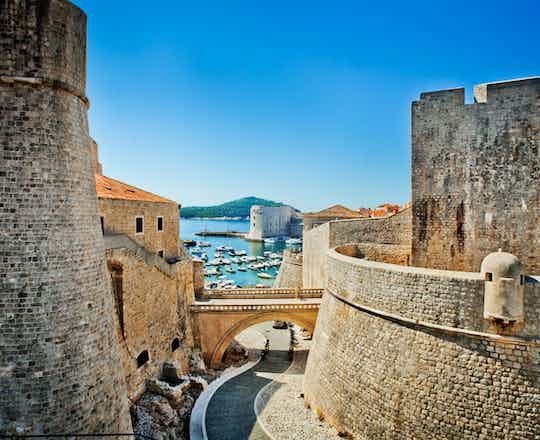 Dubrovnik & Sightseeing Tour