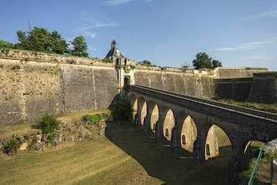Pauillac to Gironde Estuary to Blaye