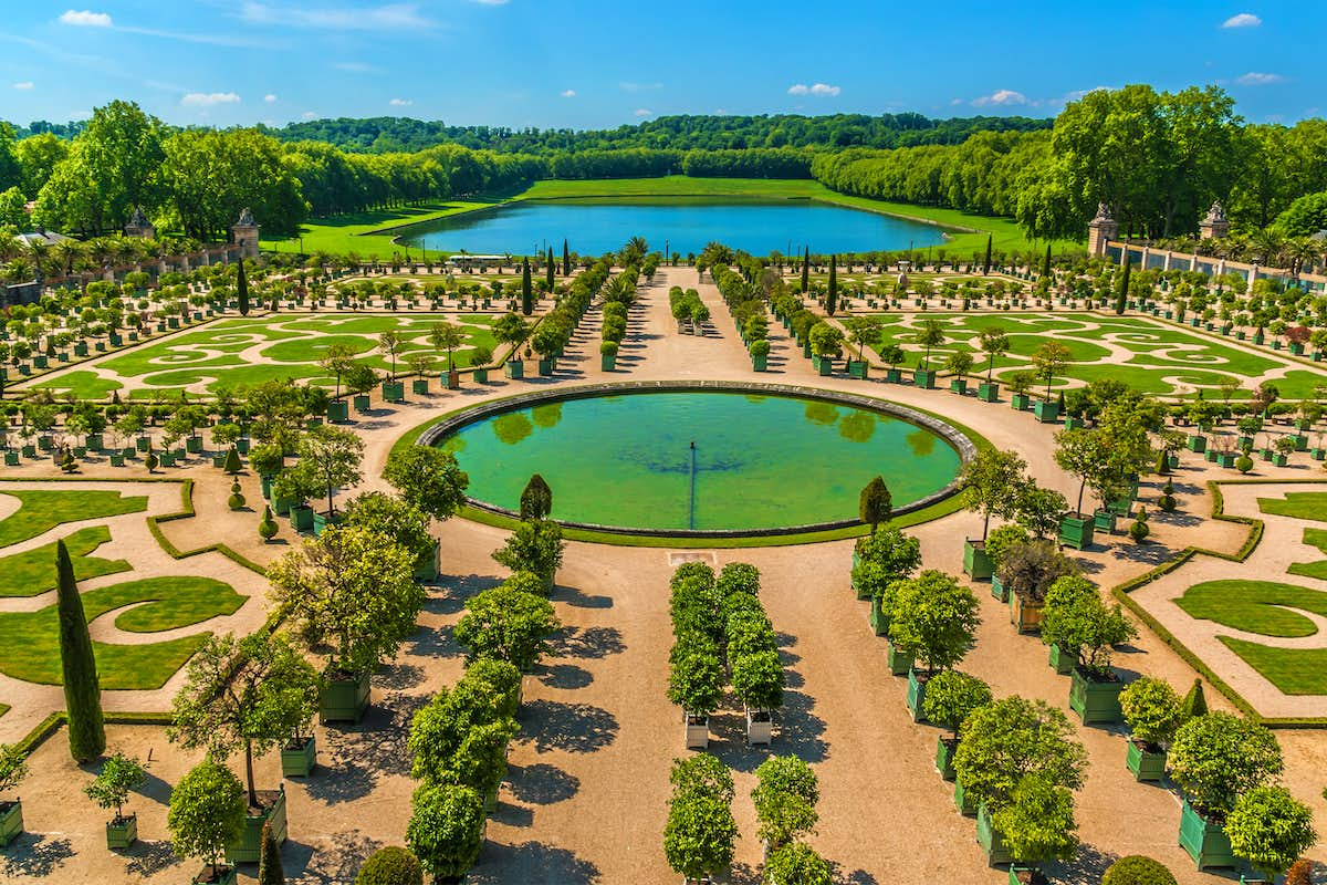 Coach Tours To Versailles From Uk