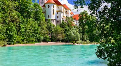 Highlights of the Tyrol & Bavaria – Seefeld, Oberammergau & Fairytale Castles