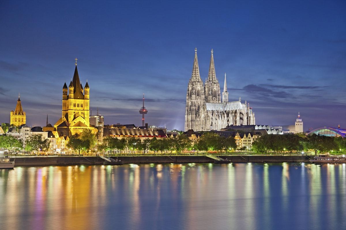 2 >> Valkenburg, Aachen & Cologne Christmas Markets | Leger Holidays