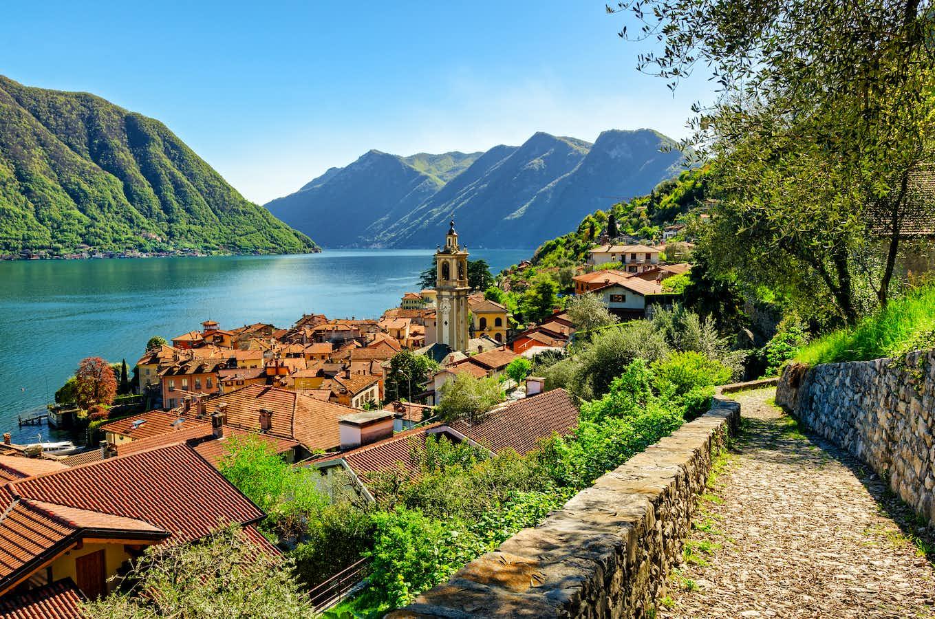 The Beauty of Lake Como & Lake Maggiore – All-Inclusive