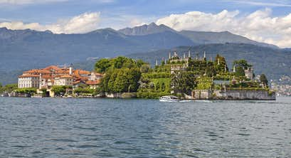 The Beauty of Lake Como & Lake Maggiore - All Inclusive