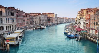 Lake Garda, Venice & Verona by Air