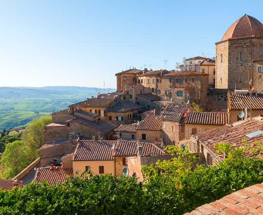 Volterra & Guided Tour