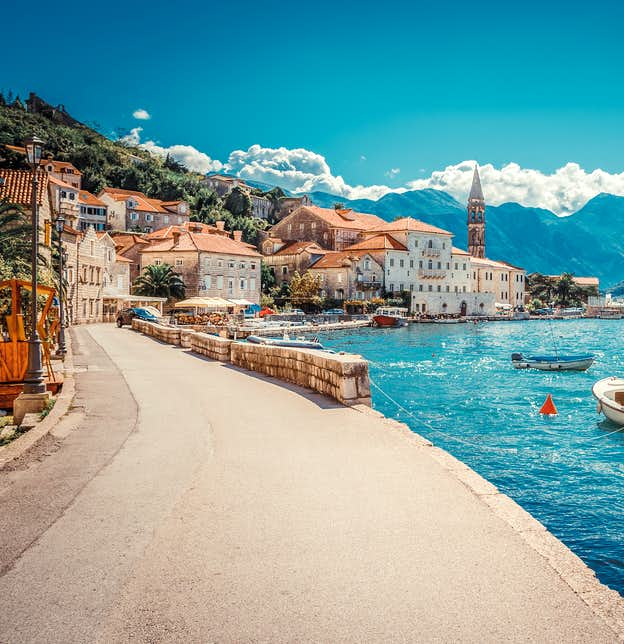 Greek Islands & Italy Cruise with a stay on Lake Garda