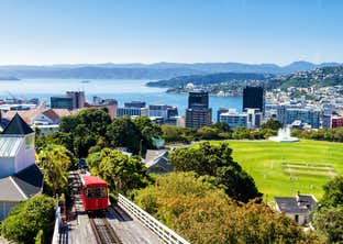 Discover New Zealand – Auckland, Napier, Queenstown & Christchurch