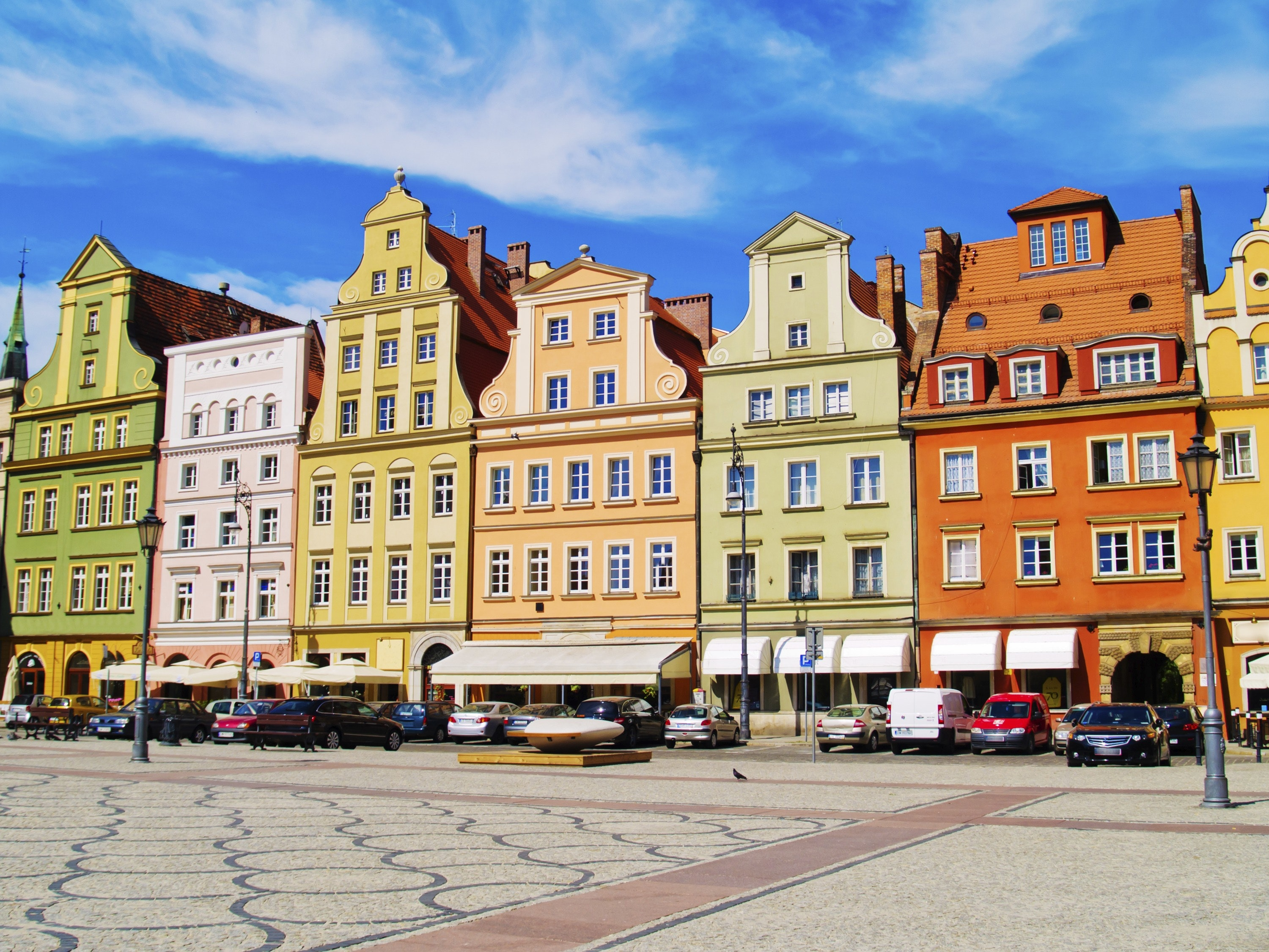 wroclaw single guys Let's have a look at how to spend 48 hours in wroclaw, poland how to get there located 350 kilometres east of germany's capital berlin wroclaw is an intrigueing destination in the heart of central europe.