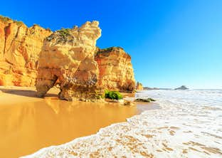 Charms of the Algarve by Air for Single Travellers