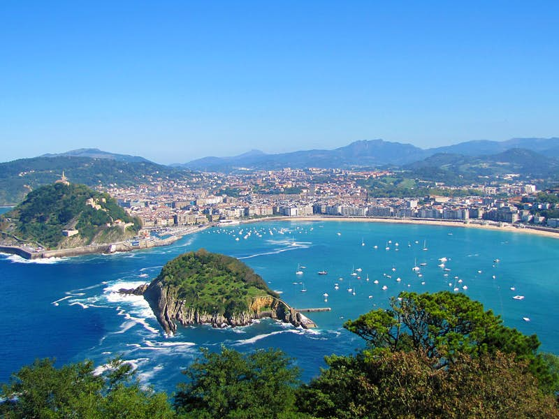 Basque Country, Carcassonne, the Languedoc & the Dordogne Tour  Leger Holidays