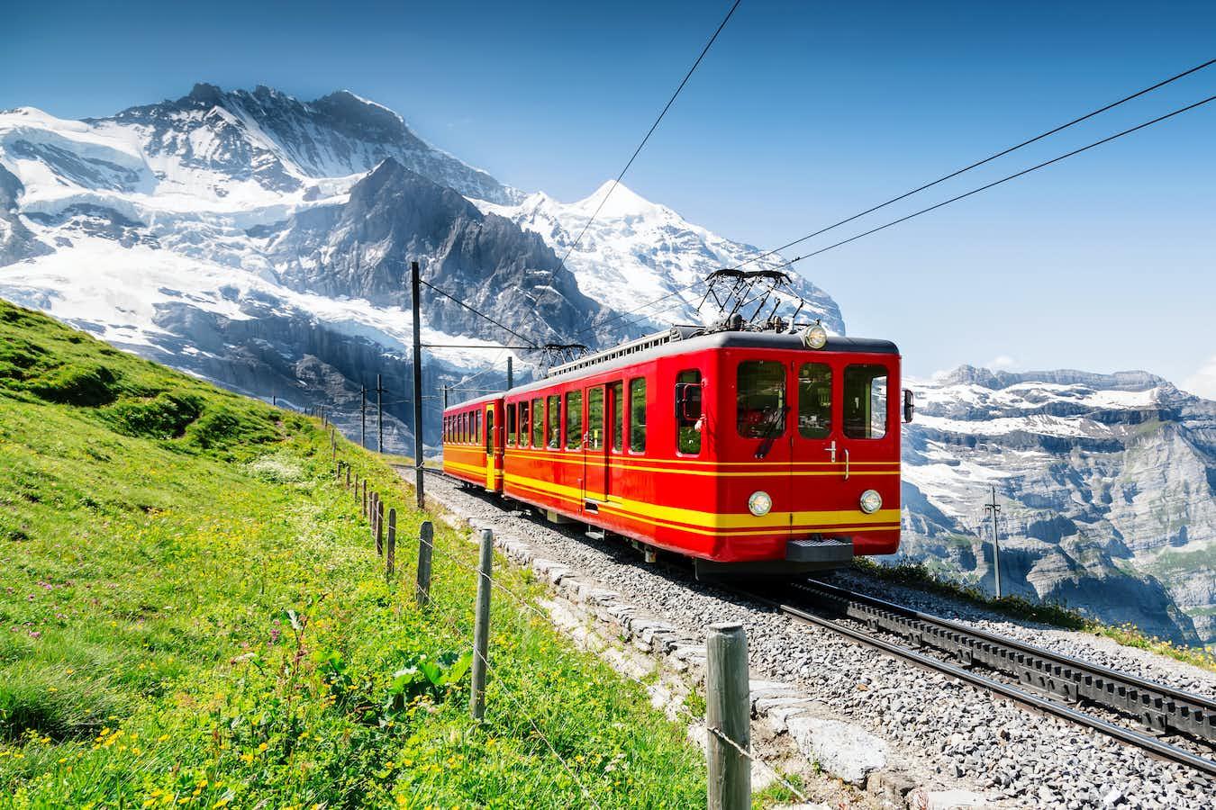Summertime Alpine Highlights & Swiss Mountain Railways