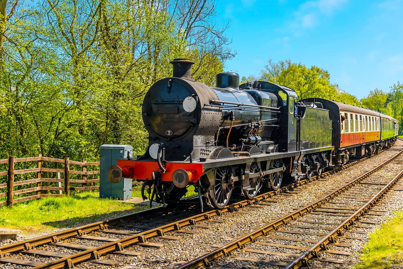 The Delights of Eastbourne, Bluebell Railway and Stately Sussex