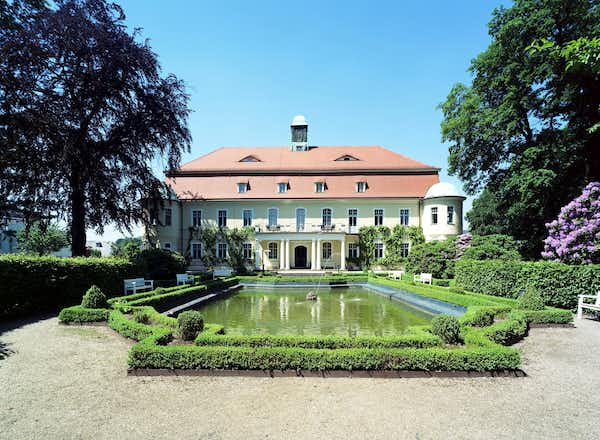 Romantic Germany – a 4-Star Castle Retreat