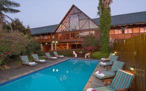 Knysna Log Inn Hotel